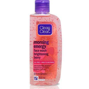 Clean And Clear Face Wash Morning Energy With Natural Berry Extracts 100 Ml Bottle